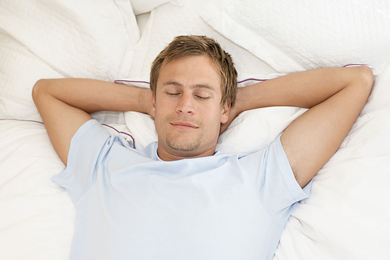 Come y duerme