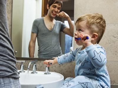 Dientes infantiles: ¿Sabes cómo cuidar los dientes de leche?